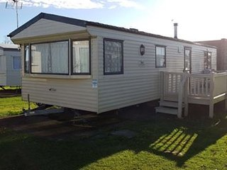 2 bed Holiday home, large decking 2 toilets Highfield Grange Pet friendly