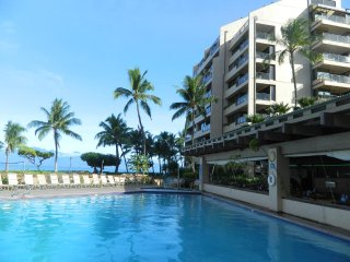 Sands of Kahana Luxury Oceanfront! Oct.27-Nov.17 3 bdrm, sleeps 8: $799/Week!