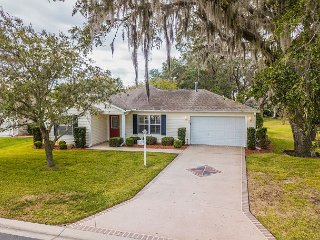 Exceptional home in Lynnhaven! Complimentary 4-Seater Electric Golf Cart!