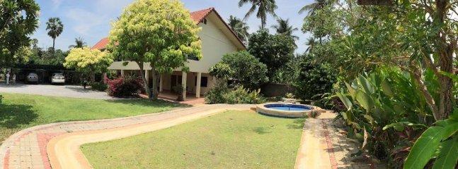 beautiful 2-storey house in a lush green & well-kept garden
