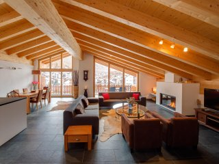 *Best Rates* Amazing Penthouse Apartment In Central Zermatt