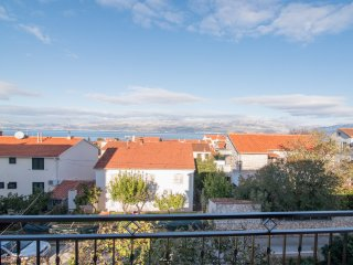 Apartment Mirjana - Three Bedroom Apartment with Balconies and Sea View