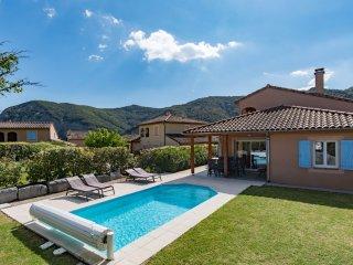 Villa Agape - met prive zwembad op Les Rives des l'Ardeche