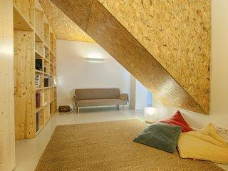 Estrela Terrace Apartment (C51)