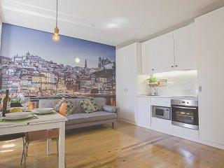 Almada Garden Apartment (N14)