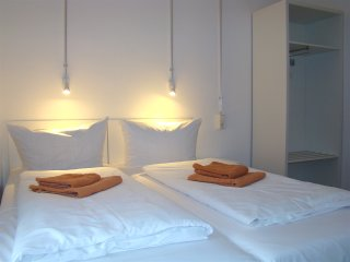 DOUBLE ROOM near BRANDENBURG GATE