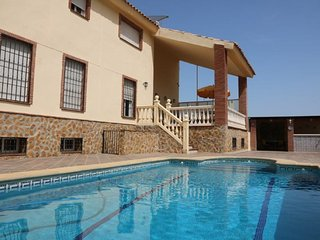 Luxury 4Bm Villa, Private pool (optional heated on request)