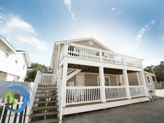 Cherry Grove Cottage Up! 150 yards to the Beach! PET FRIENDLY!