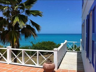 Aloe Villa in Galley Bay, Pool & Stunning Views