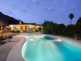 Villa Sofia Puerto Pollensa Mallorca-Cozy, you'll feel like at home!Free Wifi!