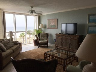 SeaSpray Perdido Key Condo #305 ~ Gulf Front 2 Bedroom