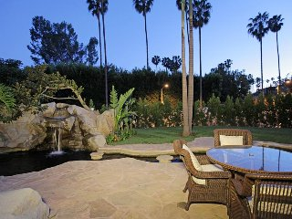 Gorgeous Beverly Hills 4 Bedroom with Pool