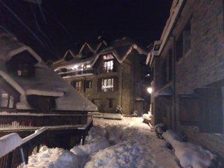 Casa Urbanizacion de Lujo en el Pirineo con Garaje y Wifi