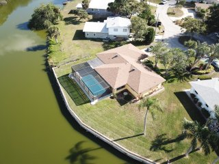 Quiet pool home with lake view, close to beaches