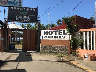Gallinaepalo Beachfront Hotel