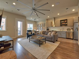 Pearl Brewery Executive Town Home at Sojo Crossing