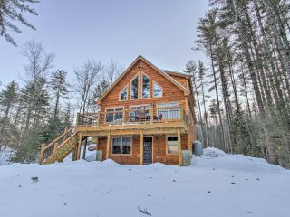 NEW! 4BR+Loft Bethel Cabin 15 Mins to Ski Resort!