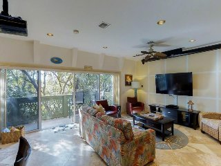 Sprawling condo w/ ocean views, dock, & shared pool - dog-friendly!