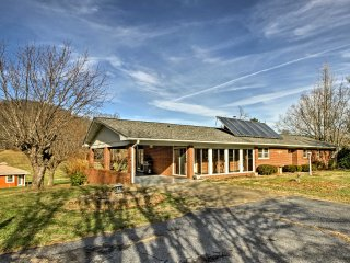 NEW! Charming 4BR Waynesville House on 1+ Acre!