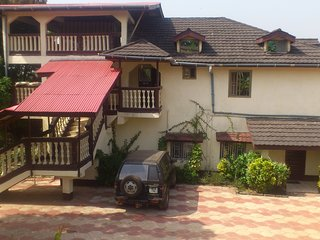 Safe and quiet 2-bedroom apartment Lakka, Freetown