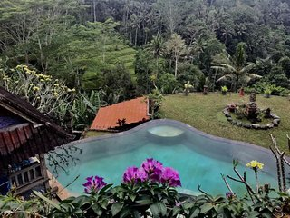 Tirta Asri Ubud, Guest Apartment with Magical View