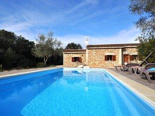 Casa Rustica en el corazon de Mallorca, pisicina privada, TV Sat, Wifi & AACC!!!