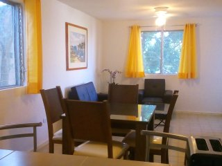 SANFER Comfortable, fully equiped, 2BD quiet neighborhood in downtown Cancun!
