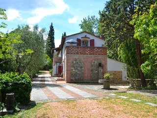 5 bedroom Villa in Collelungo, Tuscany, Italy : ref 5696980