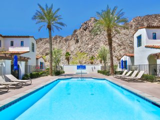 One CHIC Desert Retreat! Legacy Villas hottest new property! *****