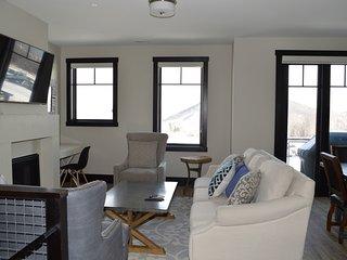 Residences at Blackstone 3820