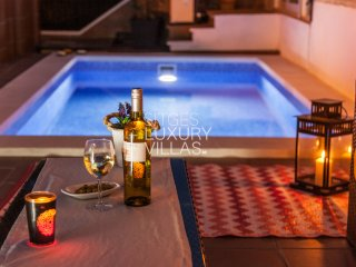 Villa Carmen a 5 min de Sitges, Private Heated Pool.
