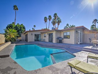 Breezy Palm Springs Home w/Pool -2 Mins from Golf!