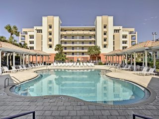 NEW! 3BR New Smyrna Beach Condo Walk to Beach!