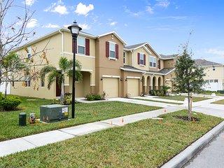 Family Friendly 4 Bedrooms close to Disney in Orlando Area 5128K