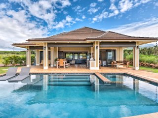 NEW! 2BR Lahaina Home w/ Pool & Hot Tub on 4 Acres