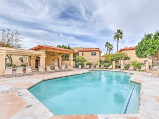 NEW! 2BR Phoenix Townhome w/4 Community Pools!