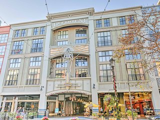 NEW! Luxury 2BR San Jose Villa on Santana Row!