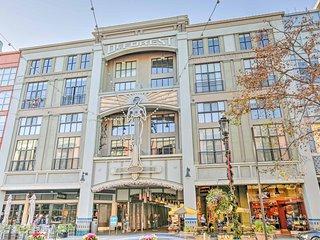 NEW! Luxury 2BR San Jose Villa on Santana Row!