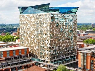 Enjoy A Luxurious Stay At The Cube Birmingham City Centre B1