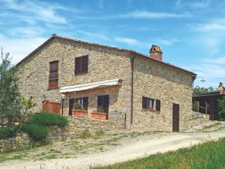 2 bedroom Villa in Villa A Sesta, Tuscany, Italy : ref 5479037