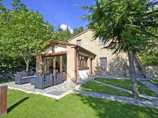 3 bedroom Villa in Poggioni, Tuscany, Italy : ref 5472630