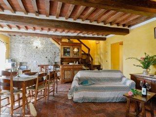 3 bedroom Villa in Cortona, Tuscany, Italy : ref 5472518