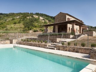 2 bedroom Villa in Volterra, Tuscany, Italy : ref 5313333