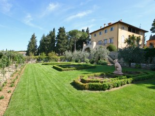 2 bedroom Apartment in Mercatale Vernio, Tuscany, Italy : ref 5241510