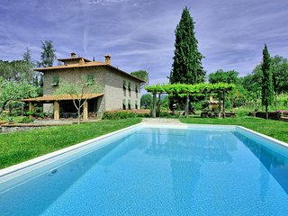 5 bedroom Villa in Subbiano, Tuscany, Italy : ref 5241509