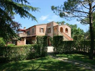 7 bedroom Villa in La Querce, Tuscany, Italy : ref 5240516