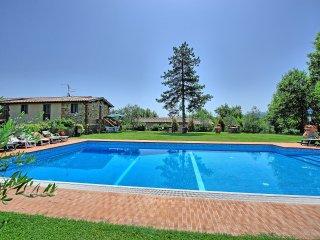 4 bedroom Villa in Cavriglia, Tuscany, Italy : ref 5239236