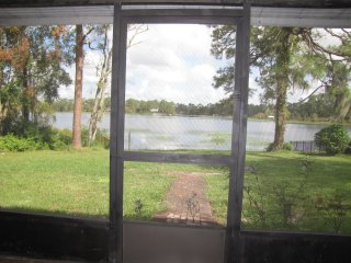 3 bed/2 both Lake Front home