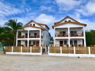 New Beach Front 2 bedroom 2 bath home with private pool, dock, Beach & AC