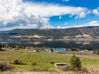 Beautiful Wood Lake Country Okanagan Getaway near Kelowna